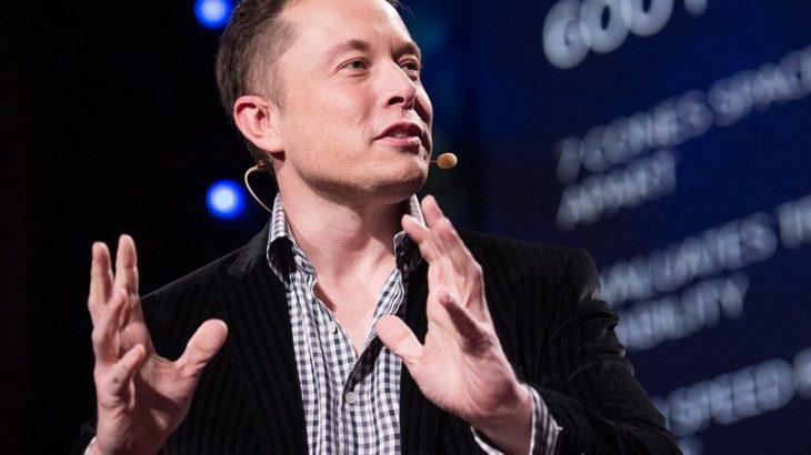 Elon Musk thotë se robotët do të dominojnë mbi njerëzimin në 2030-ën
