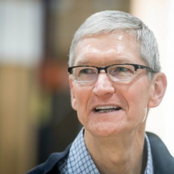 Tim Cook konfirmon planet e Apple me makinat autonome