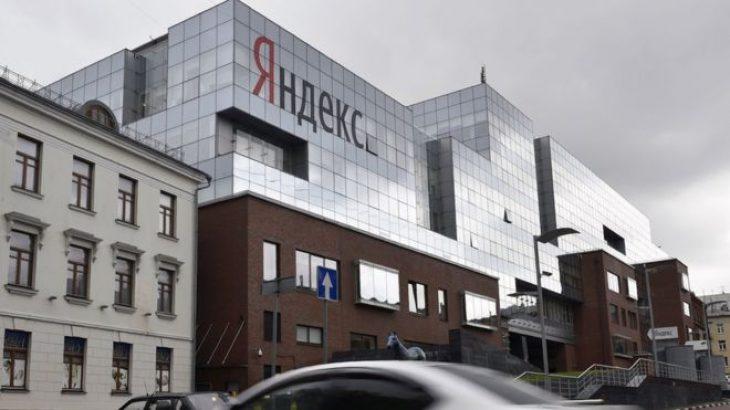 Uber dhe Yandex shkrijnë bizneset e taksive në Rusi