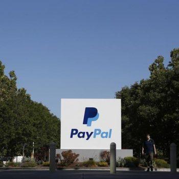 PayPal thyen rekord me pagesat mobile të cilat arritën një volum prej 40 miliard dollarësh