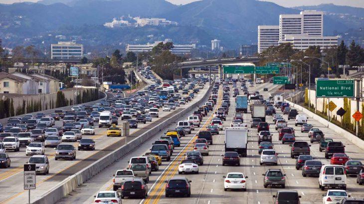 Makinat elektrike do të ulin kërkesën për naftë në 2040-ën
