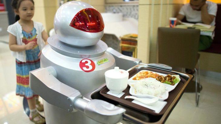 10 milion punonjës Britanikë i tremben zëvendësimit nga robotët